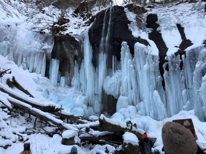 白老 山北沢の滝 氷瀑